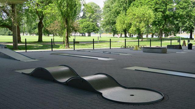 Jugendpark Minigolf Rheinpark Kinderspiele Köln