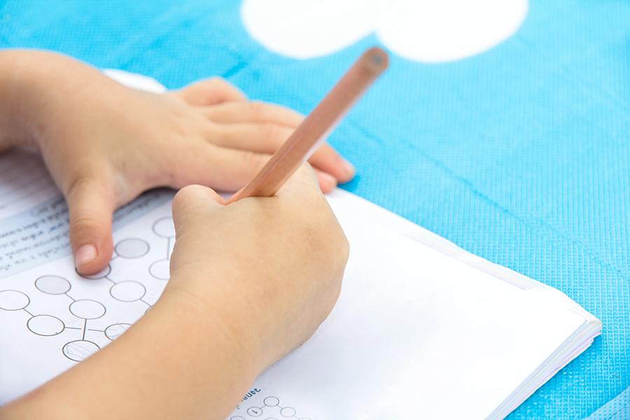 Schulstart Kinder 62245135 - Schultüte bis Abitur – so viel kostet ein Schülerleben